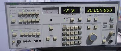 Anritsu ML422C Selective Wide band Signal Level Meter 50 Hz to 30 MHz Analyzer