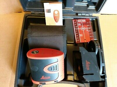 Leica Lino P3 Three Dot Plumbing Line Laser Level in Case