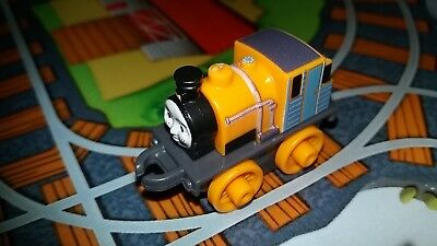 Fisher Price Wave 2 Thomas and Friends Minis 4cm Toy Trains X5 Bundle Blind Bag