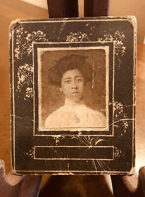 Antique African American Cabinet Photo Card With Floral Design Of Young Woman 3""