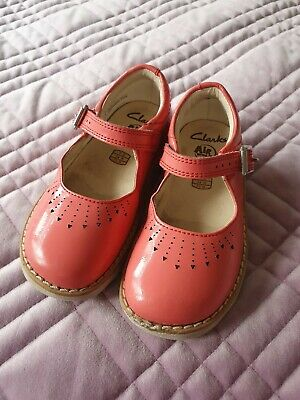Clarks infant girls shoes size 7