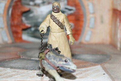 Tusken Raider With Massiff Star Wars SAGA 2002