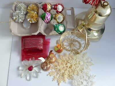Job Lot Vintage /Kitsch Christmas Decorations Baubles/Stars/Basket/Bell