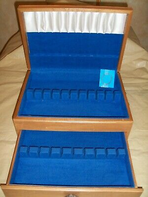 FLATWARE STERLING SILVERPLATE WOOD STORAGE BOX CHEST SERVICE 12 + with DRAWER O