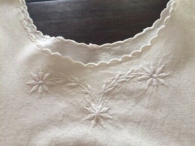 Pretty vintage French metis nightie /chemise de nuits