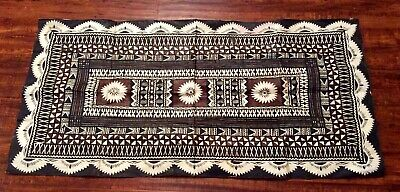 """Vintage Fijian Hand Painted Tapa Bark Cloth Size Measuring(50"""" Long By 25"""" Wide)"""