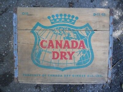 Vintage CANADA DRY GINGER ALE Wood Crate / Box D11 D-11-55 1955