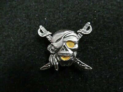 Pirate Skull Screw Button with Cross Swords