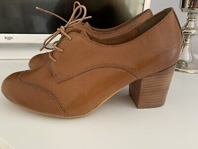 NEW Vintage 1940s Ladies Utility Shoes Brown Leather Size 5