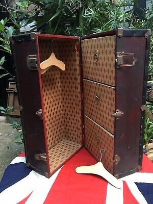 Adorable Vintage Antique Dolls Miniature Travelling Wardrobe Trunk 1930's 1940's