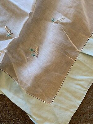 VINTAGE ORGANDY ORGANZA EMBROIDERED TABLECLOTH PASTEL FLORAL Appx 40 Sq