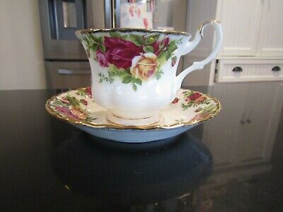 4~Royal Albert~Old Country Rose~Cup With Saucer Sets~Excellent
