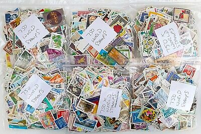WORLD Stamps Off Paper - Approx 750 Stamps - Between 60-70 Grams