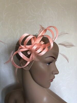 Peach Satin Comb Fascinator Wedding Ladies Race Day Accessories BNWT
