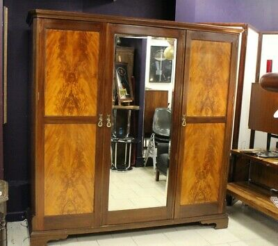 Superb Edwardian Flame Mahogany wardrobe / Closet / Storage Antique