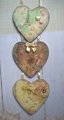 ❤️ Wooden hanging love heart plaque. 3 in a row, handmade Victorian theme ❤️
