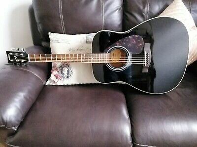 Yamaha F370 Acoustic Guitar Full Size, 6 Steel String Dreadnought, Classic Black