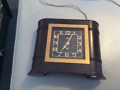 SMITH SECTRIC Bakelite Clock Art Deco in style 115