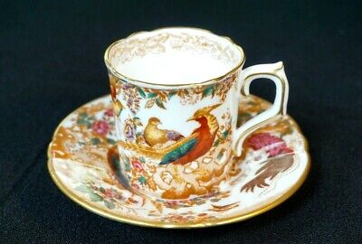 Beautiful Royal Crown Derby Olde Avesbury Demitasse And Saucer