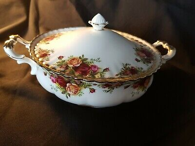 Royal Albert Old Country Roses Tureen with Lid 1962 1ST Quality.