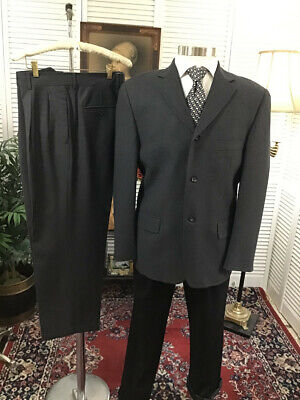 BANANA REPUBLIC ITALY GRAY MENS 2 TWO PIECE SUIT SIZE: 42S  PANTS: 34x28  #B1