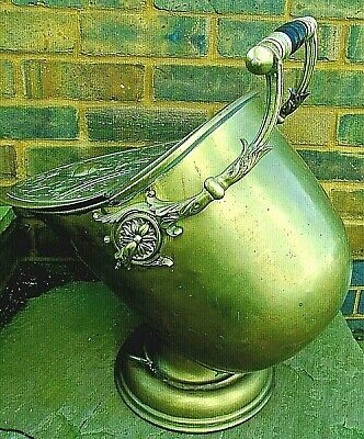 Large Victorian antique solid brass decorative embossed coal scuttle reclaimed