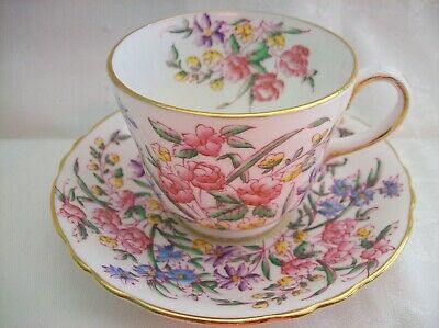 Hammersley CUP & SAUCER HAMMERSLEY/BRIDAL ROSE 4438 Lots of Hand Painted Flowers
