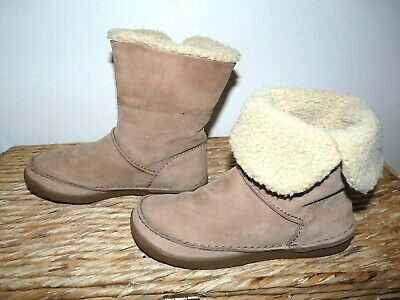 Clarks Size UK 3 D Womens or Girls Suede Ankle Boots Part fur Lined Winter