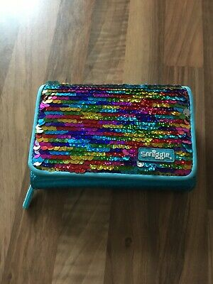 Smiggle Purse With Reversable Sequins