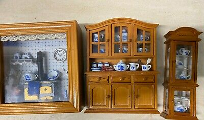 Reutter Porzellan Kitchen picture box,2 x Tea set, Displays