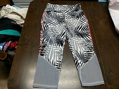 Old Navy Active Gray Black Designed Cropped Leggings size Women's L