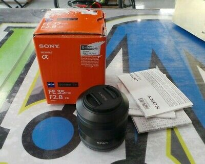 SONY ZEISS Sonnar T* FE 35mm F/2.8 ZA! Model SEL35F28Z! Excellent Condition!