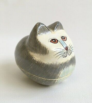 Kashmiri Papier-Mâché Lacquer Trinket Box Sitting Cat Shape Folk Art 1970s-1980s