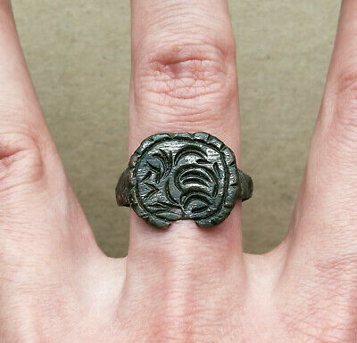 Ancient Viking Large Silvered Bronze FABULOUS STATUS Ring Runic Ornament RARE