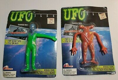 2 UFO Files Toy Concepts Bendy Bendable Alien Figure 90s NEW On Cards