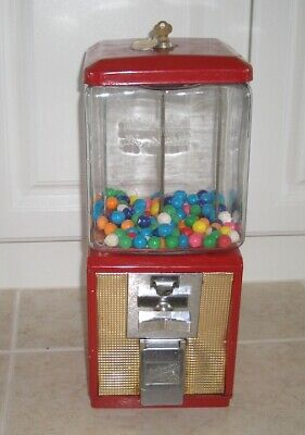 1960's 5¢ cent Candy, Gumball, Peanut Vending Machine With Key
