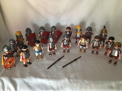 Lot De 18 Romains Playmobil