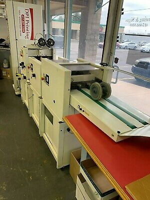 Bourg booklet maker with 10 bin feeder