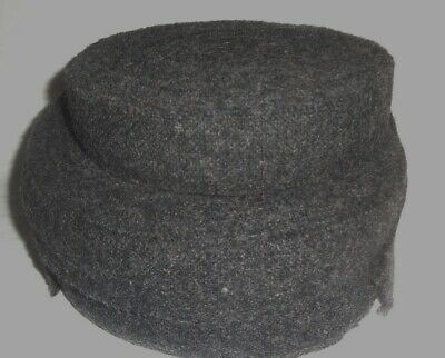 "2 lbs. Rug Braiding Wool Strips Dark Gray 1 1/2"" Wide"