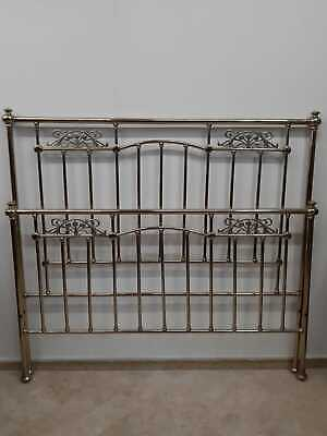 Letto matrimoniale, Liberty. - Double bed, Liberty.