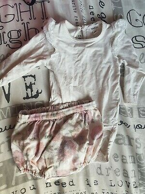 Baby Girls 2-4 Months Newbie Outfit