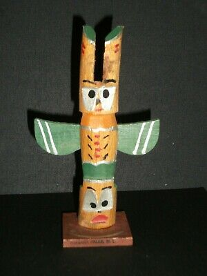 Vintage 1950's Hand Carved indian Made Wood Totem Pole (Niagra Falls)- Pre-Owned
