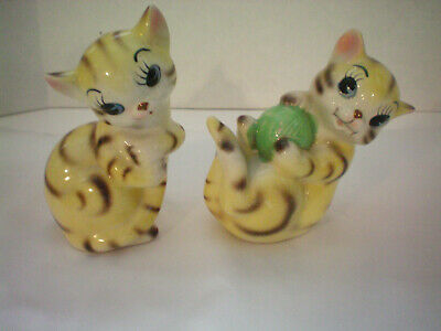 Vintage Cat Kitten Pepper Salt Shaker Collectible Made in Japan
