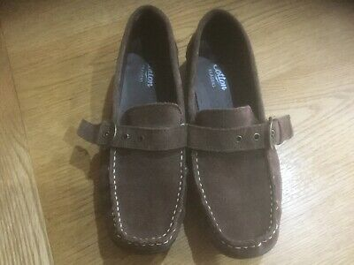Ladies Flat Cotton Traders Shoes Size 8