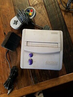Super Nintendo NES System Video Game Console - Gray