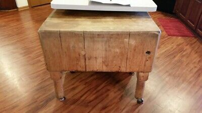 Vintage Maple Butcher Block In Good Condition With Tools (~Circa 1930-1940'S)