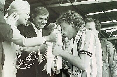 Brian Kilcline HAND SIGNED 12x8 Coventry City 1987 FA Cup Winners Photograph COA