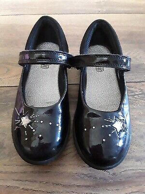 Girls Clarks Black Patent Leather Shoes Size 11 F Great condition hardly worn