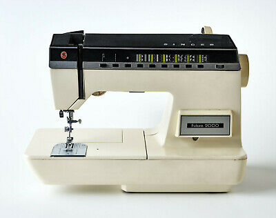 Singer Futura 2000 sewing machine - not working - sold for parts / spares only