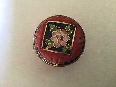 Carved Red Cinnabar Orchid Cloisonne Enamel Small Chinese Trinket Snuff Pill Box